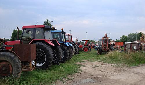 Officina forvec riparazione trattori manutenzioni for Attrezzatura agricola usata lazio